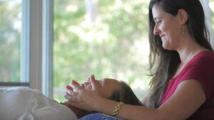 Az Access Consciousness módszerei képesek-e enyhíteni a fájdalmakon?